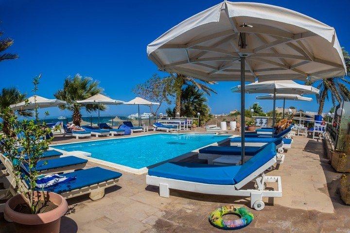 Nemo Dive Club & Hotel zwembad