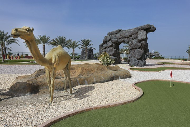 Midget golf