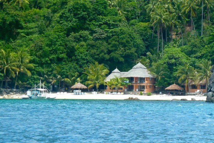 Apo Island Beach Resort