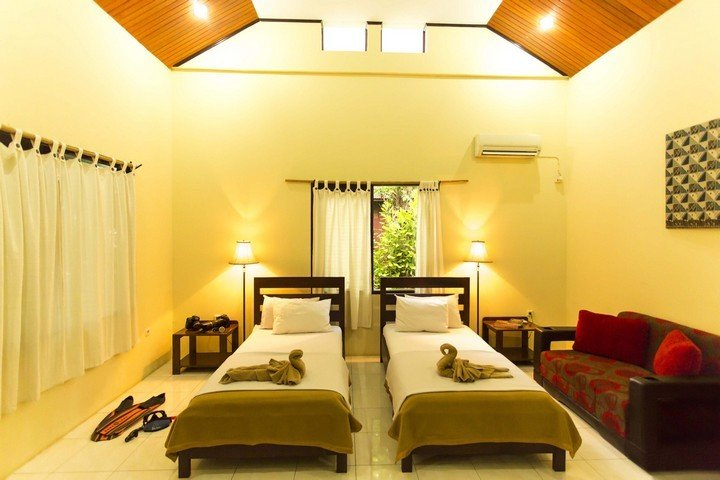 Murex Manado Resort twinbedded room