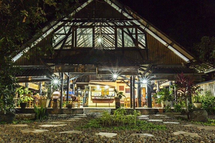 Murex Manado Resort restaurant