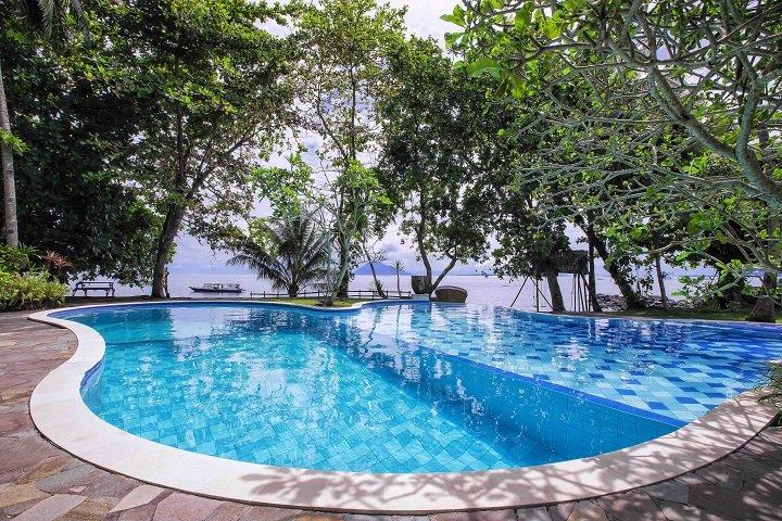 Murex Manado Dive resort zwembad