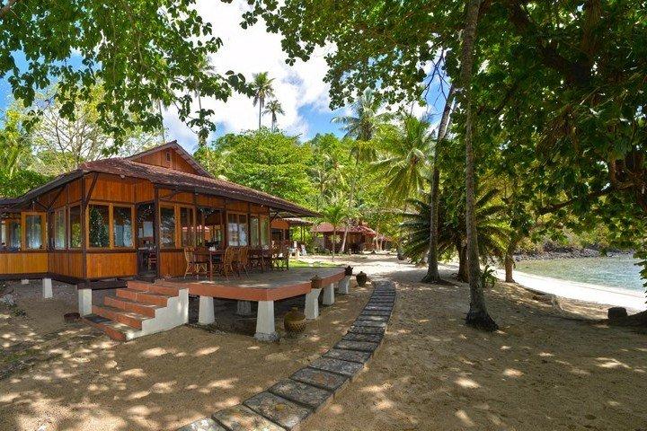 Murex Banga island resort restaurant
