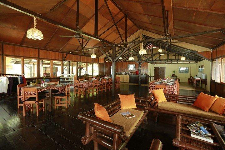 Murex Banga island resort restautant