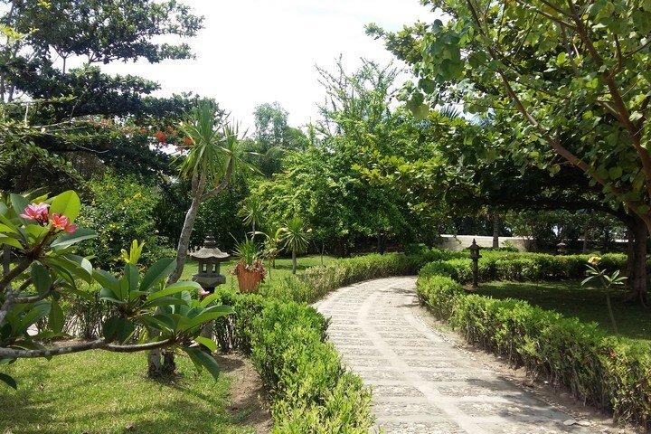 Puri Sari Hotel tuin