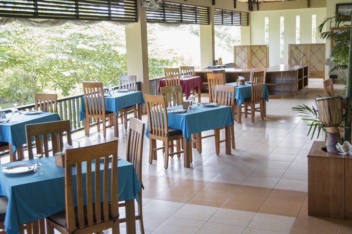Puri Sari Hotel restaurant