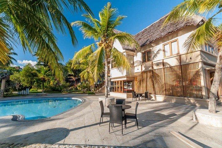 Maluku Resort & Spa - Dive Into Ambon - Duikcentrum