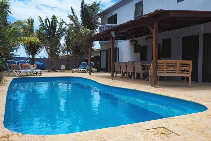 Oasis Guesthouse Bonaire - Dive and Travel