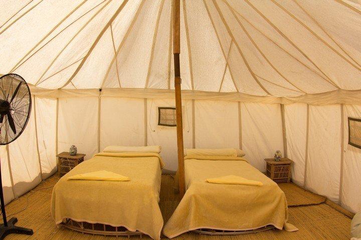 Marsa Nakari - Binnenkant Royal Tent