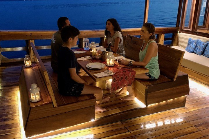 Coralia Liveaboard - Dive and Travel
