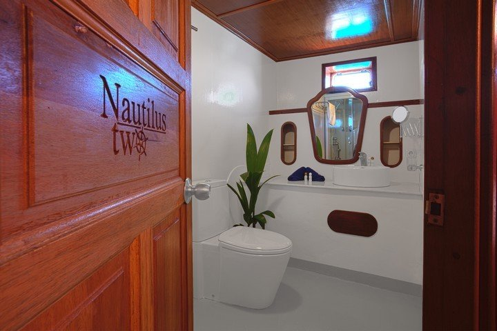 Nautilus Two Malediven - Dive and Travel