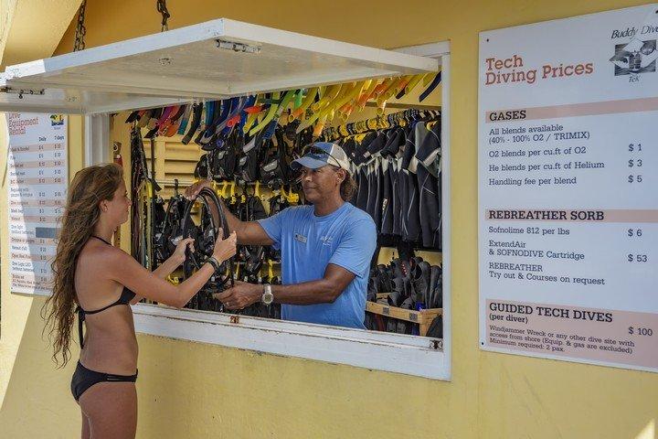 Duikwinkel Buddy Dive Resort