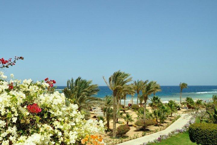 Royal Brayka Beach Resort  - Dive and Travel