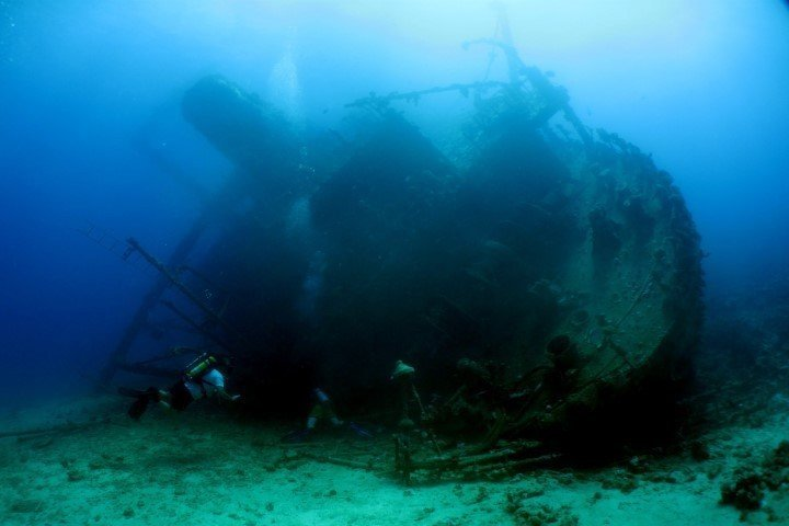 ow big blue liveaboard - giannis d wreck
