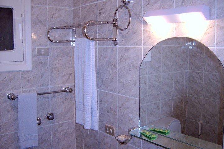 Nemo Hotel - badkamer