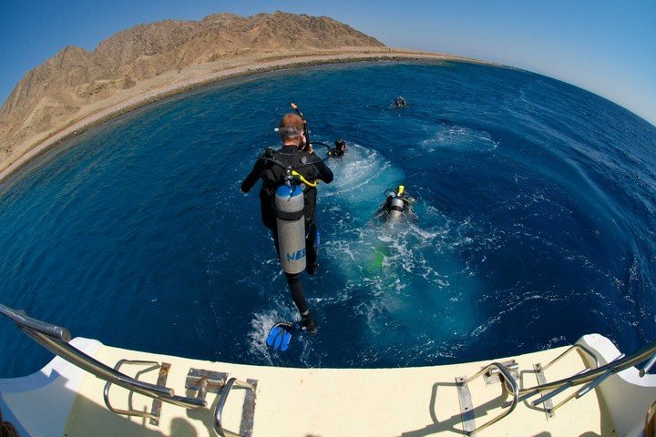 Nesima Divers - duikdag per boot