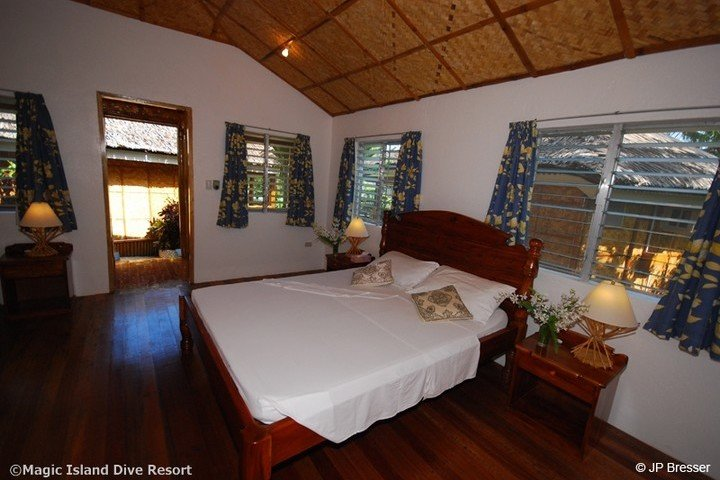 Magic Island Dive Resort Superior Cottage met airco