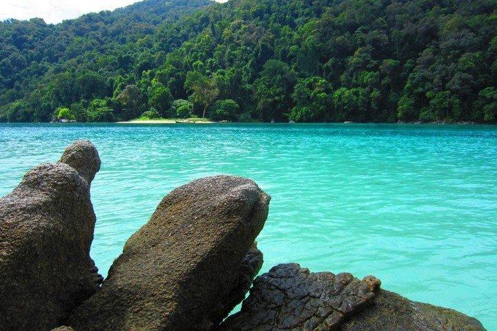 IQDive - Surin Island