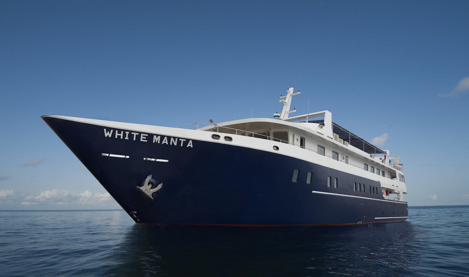 White Manta Liveaboard - Dive and Travel