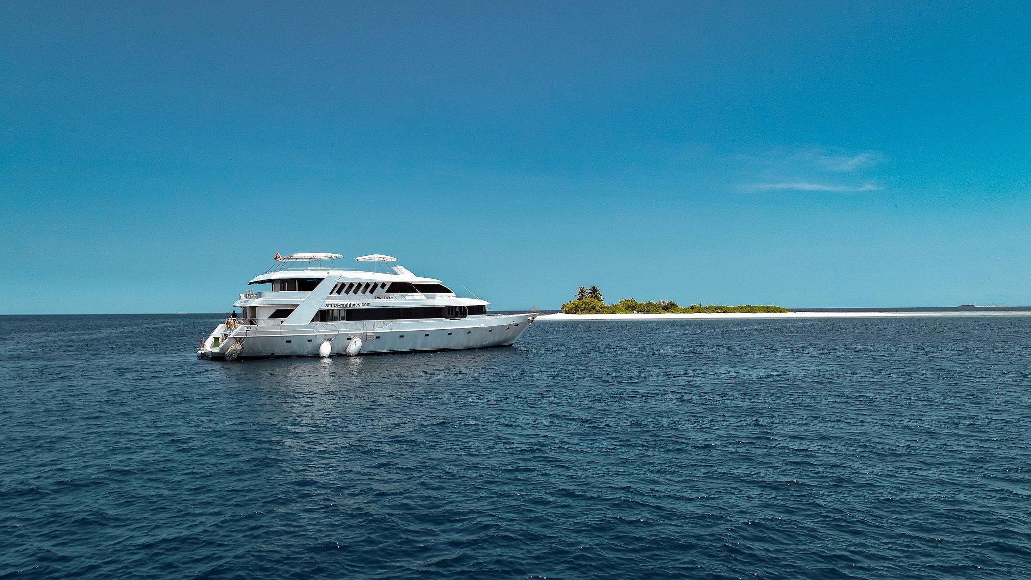 Amba Liveaboard Malediven