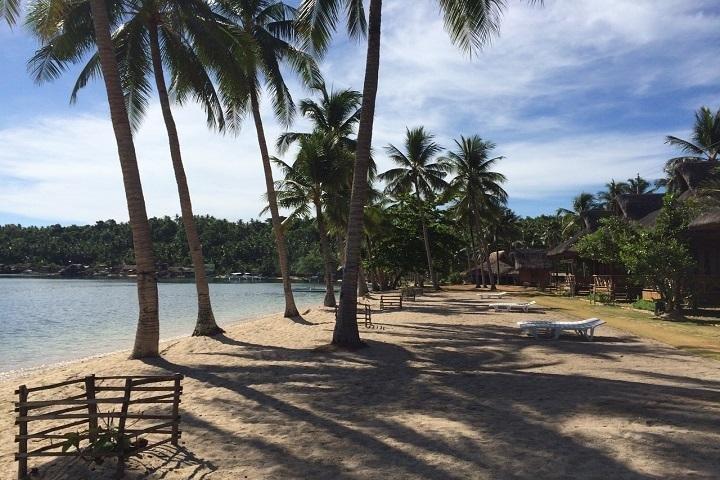 Ticao Island Resort strand